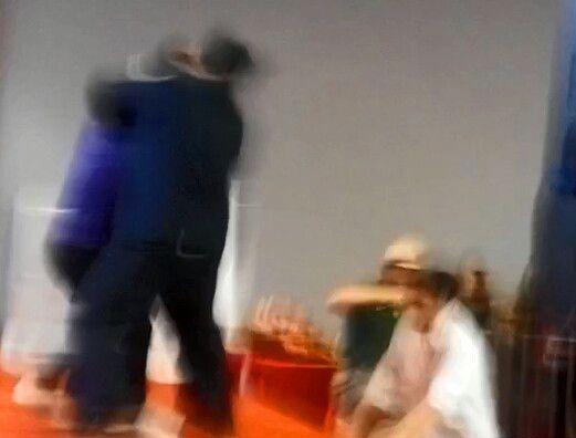 2014年11月7日,华中师范大学的彭晓辉教授在广州性文化节被泼粪.
