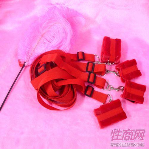概念皮革情趣毛绒睡床绑带