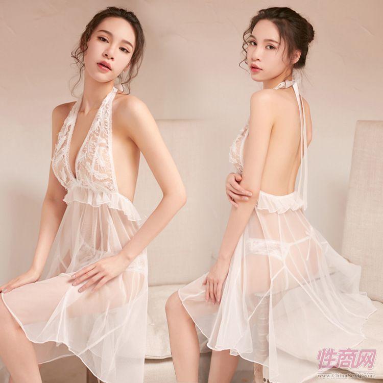 蕾丝吊带长裙