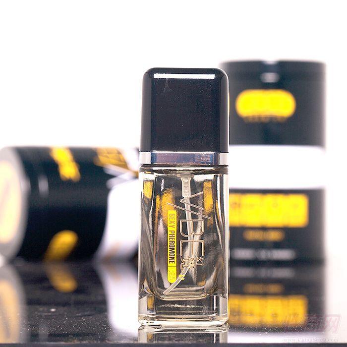车震喷喷乐费洛蒙香水情趣香水 清淡古龙味幻觉吸引异性成人用品1