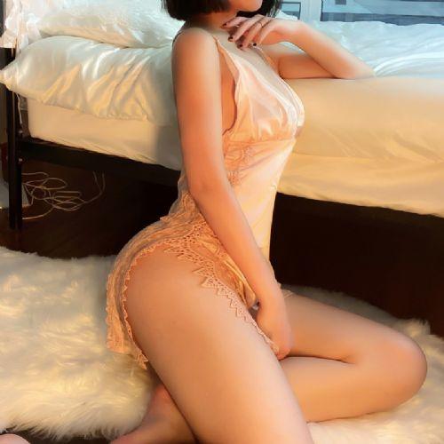 情趣内衣性感蕾丝仿真丝托胸吊带睡裙开叉包臀激情睡衣女代理加盟