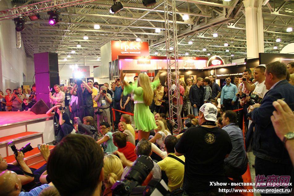 2011俄罗斯成人展香艳舞台图片62