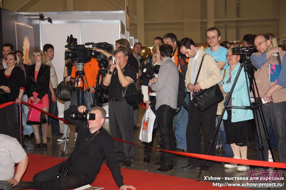 2011俄罗斯成人展香艳舞台图片73