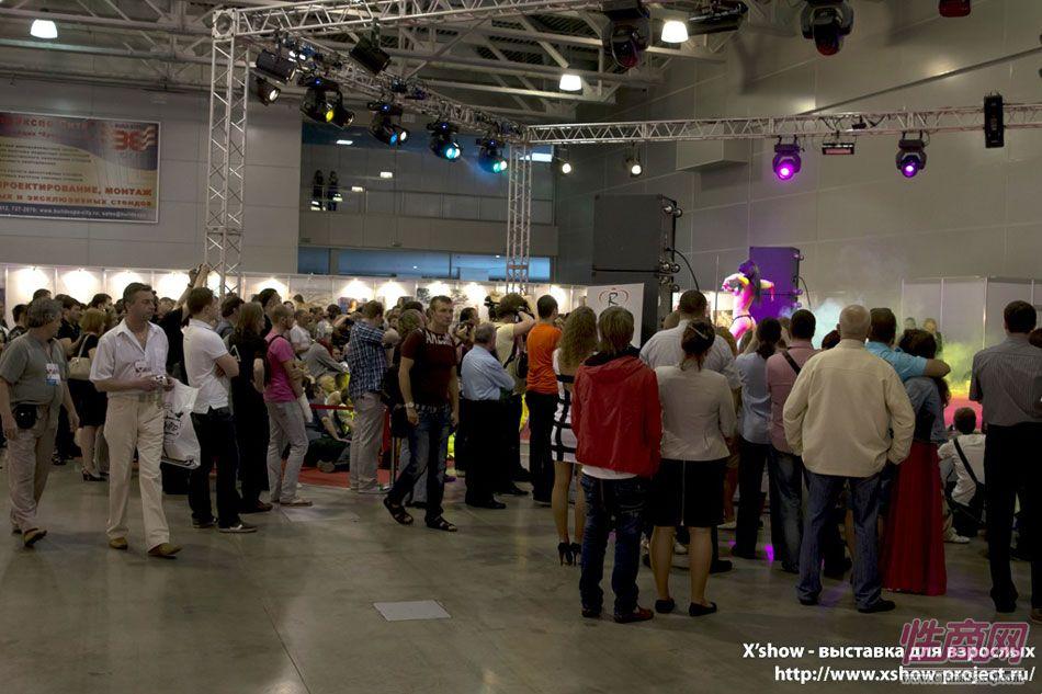 2011俄罗斯成人展香艳舞台图片87