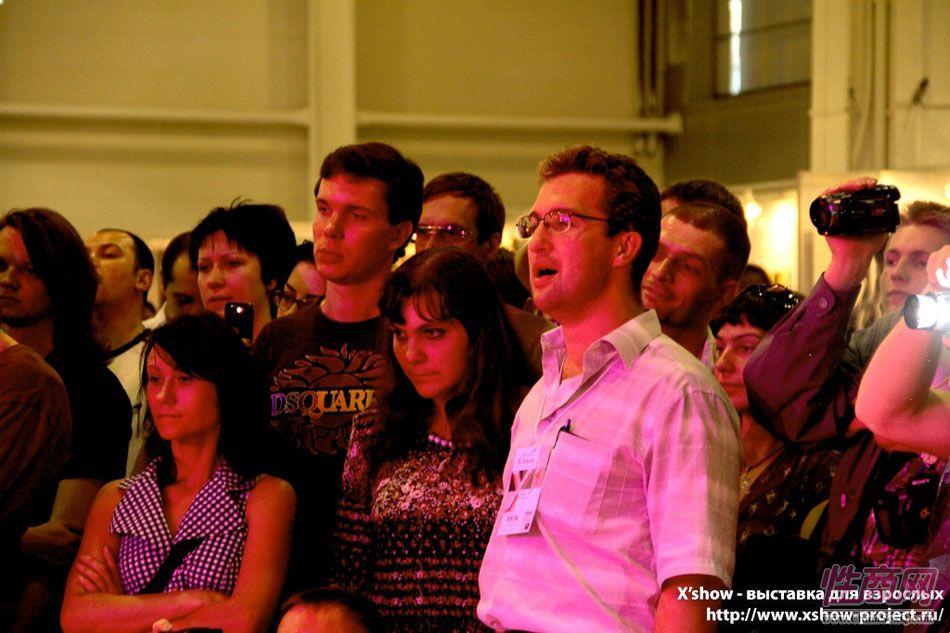 2011俄罗斯成人展钢管舞蹈图片11