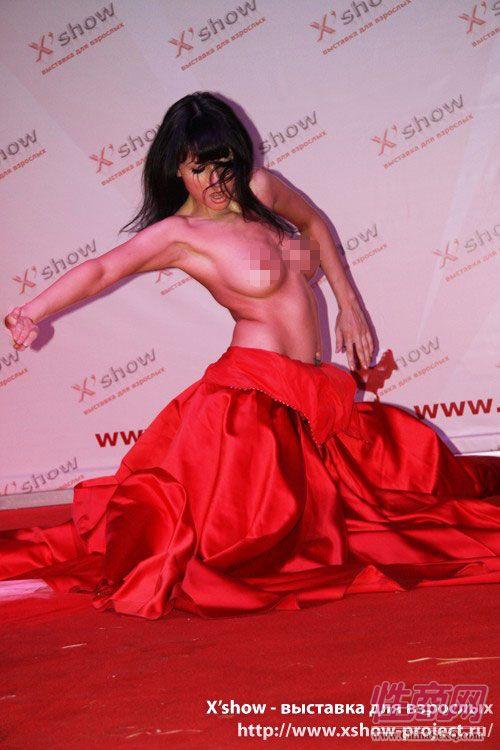 2010俄罗斯成人展舞台展览图片1