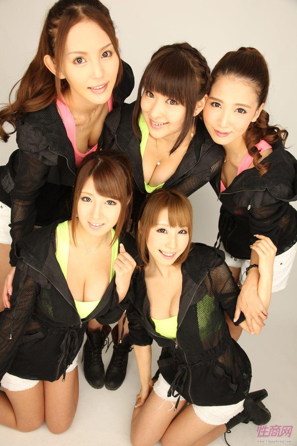 参展的日本女子组合BRW108