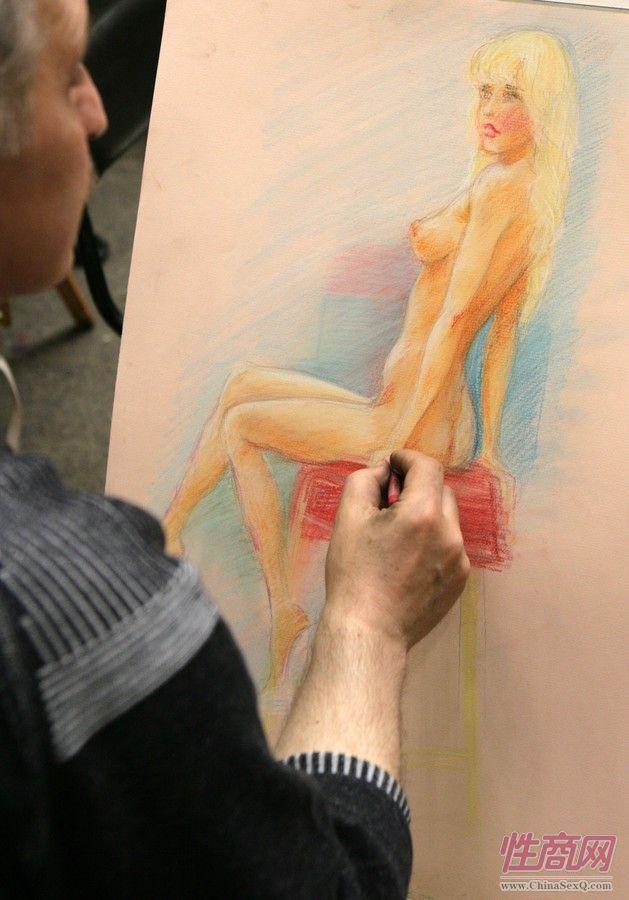2014俄罗斯成人展现场报道――艺术沙龙图片9