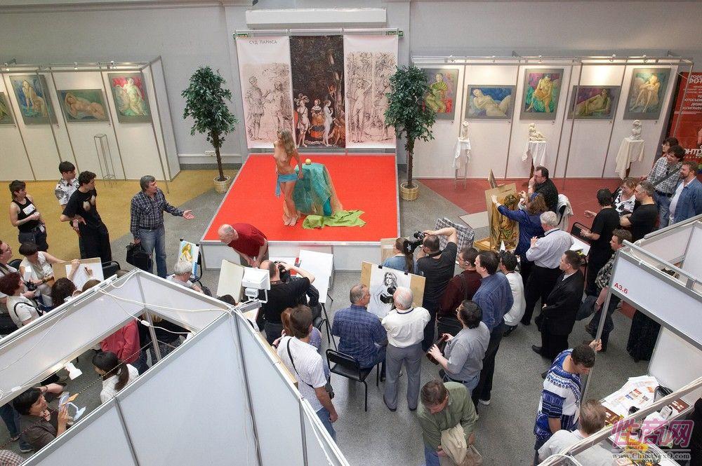 2014俄罗斯成人展现场报道――艺术沙龙图片16