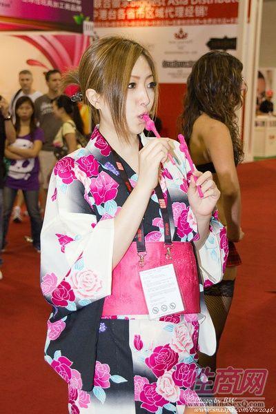 2010亚洲成人博览AAE现场报道―AV女优图片7