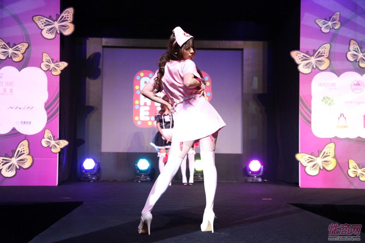 2011亚洲成人博览AAE现场报道―精彩表演图片4