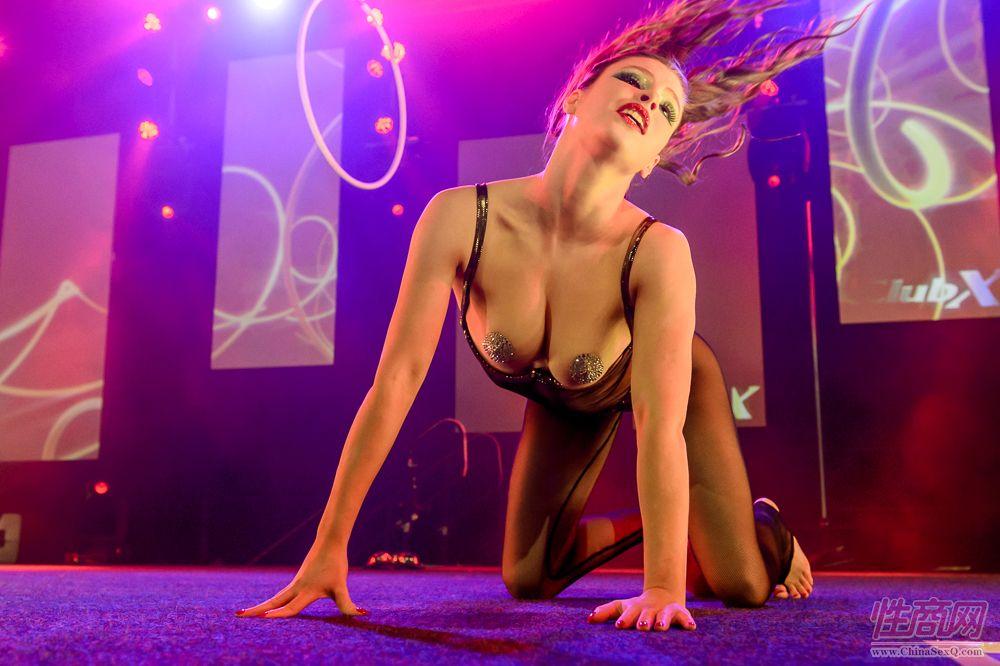 性感的舞蹈演员