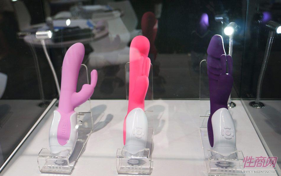 性商网美女记者带你看2015年上海成人展图片22
