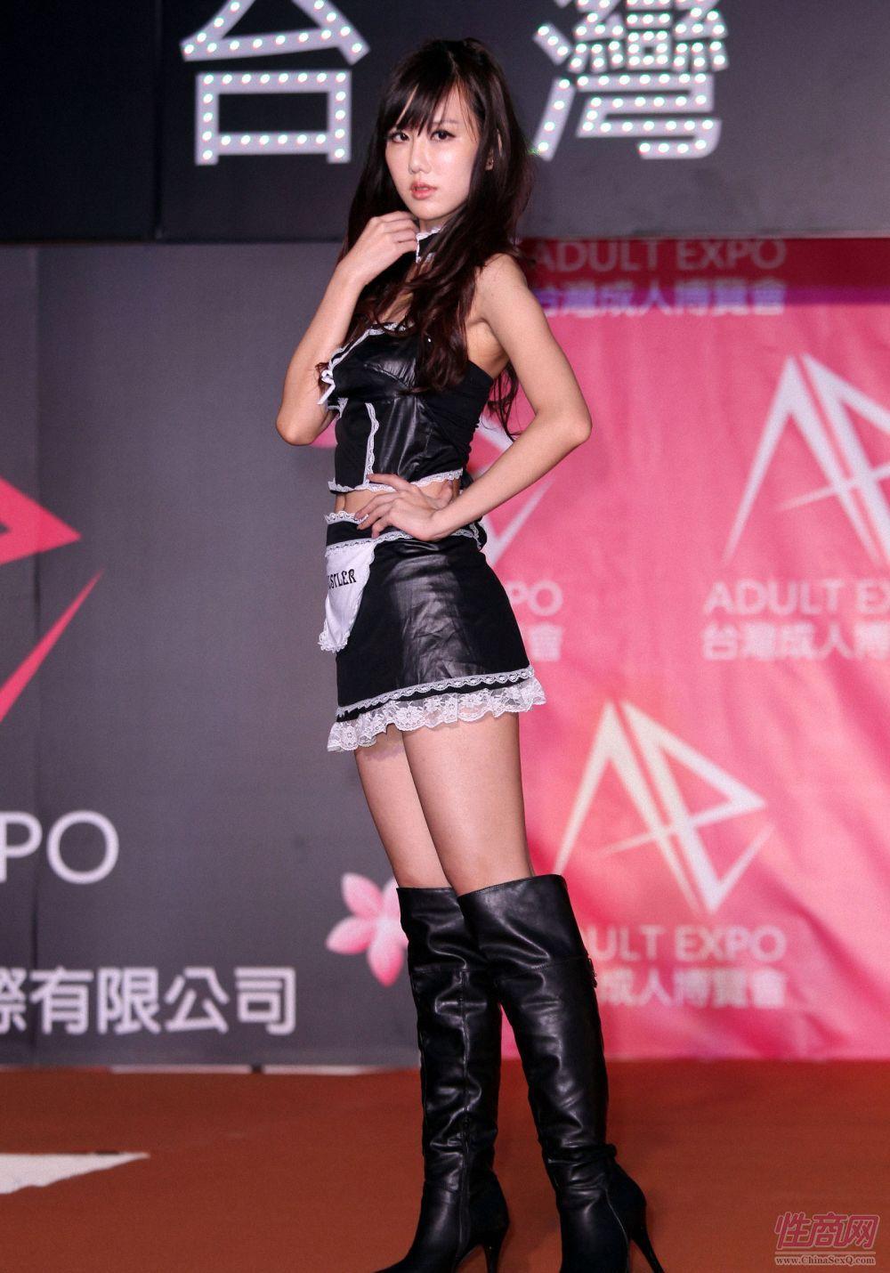 2012第二届台湾成人博览模特性感靓丽图片8
