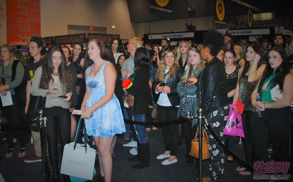 珀斯成人展吸引众多年轻观众前来参展