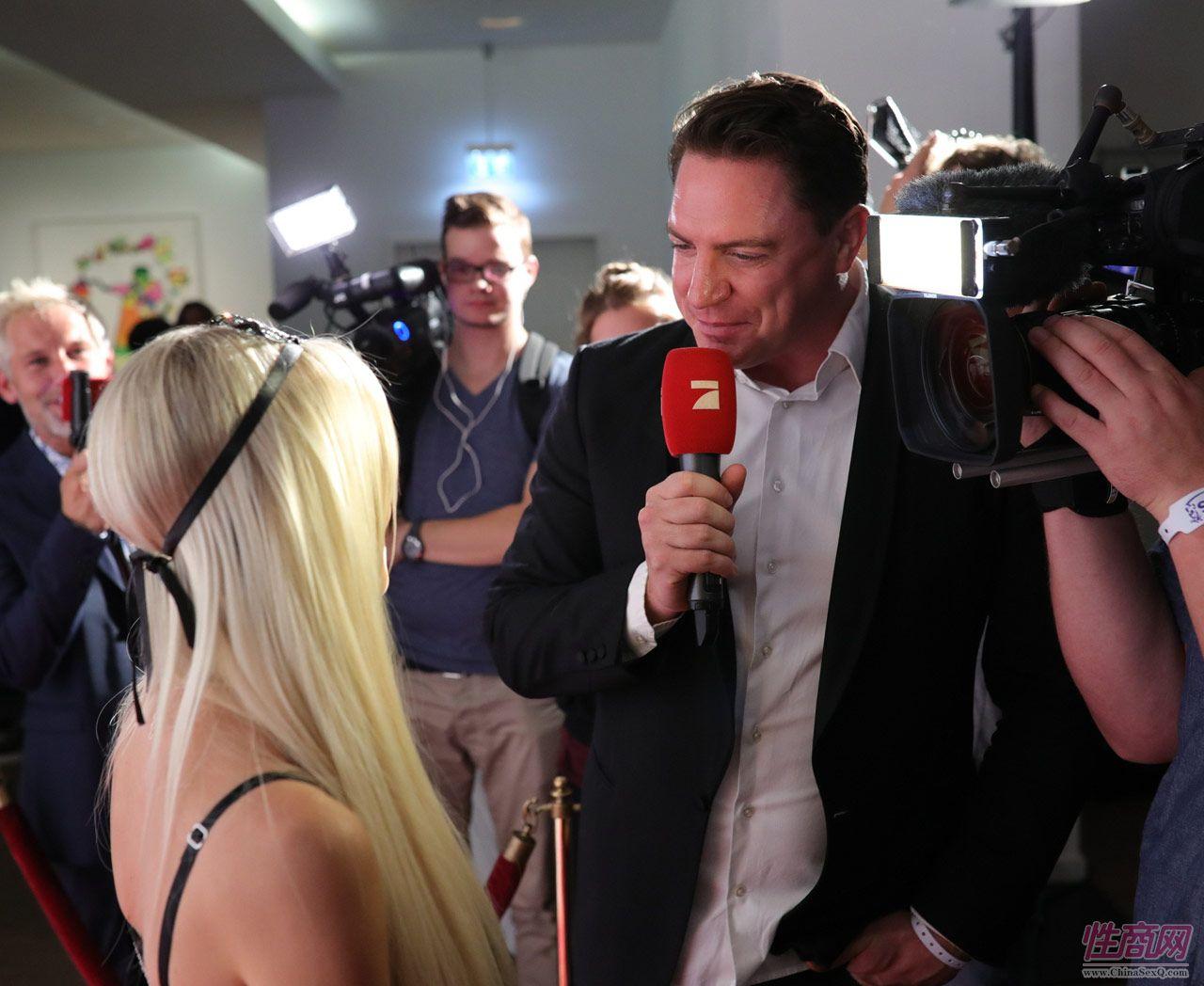 2016德国柏林成人展VENUS――媒体采访图片1