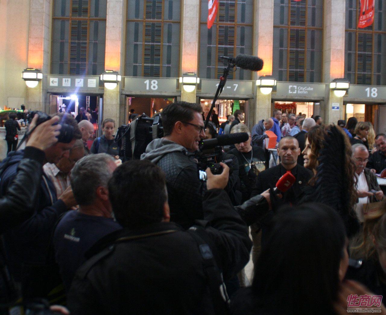 2016德国柏林成人展VENUS――媒体采访图片2