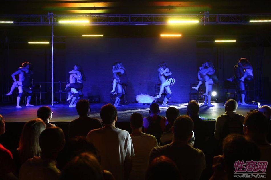 2016年巴西成人展现场报道――精彩表演图片1