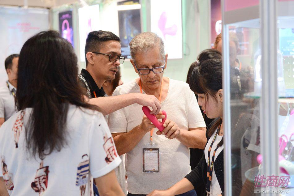 2016亚洲成人博览(香港)参展企业众多图片7