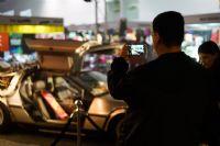 观众拍摄Delorean汽车