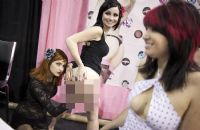 2011美国芝加哥成人展eXXXotica展会现场图片4