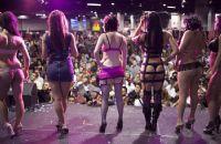2011美国芝加哥成人展eXXXotica展会现场图片12
