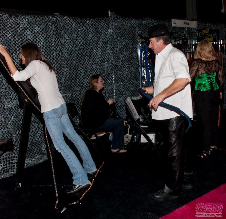 2011美国新泽西成人展eXXXotica展会现场图片1