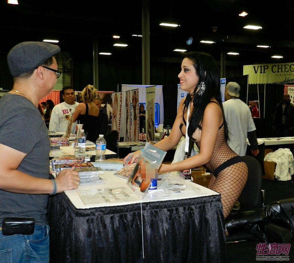 2011美国新泽西成人展eXXXotica展会现场图片27