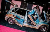 2011美国新泽西成人展eXXXotica香车美女图片10