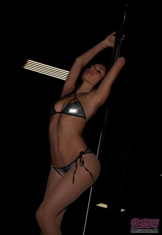 2011美国新泽西成人展eXXXotica舞台表演图片1