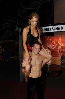 2009澳大利亚墨尔本成人展SuzieQ高空特技表演图片10
