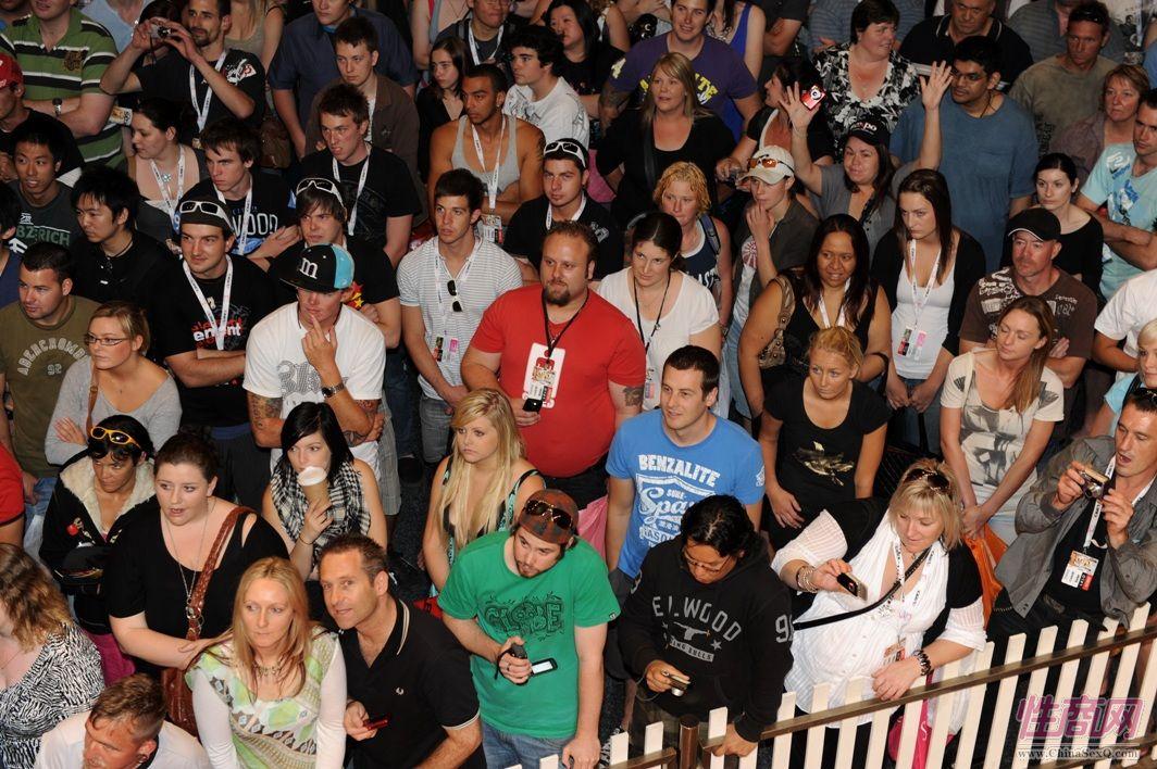 2009澳大利亚墨尔本成人展参展观众(3)图片1