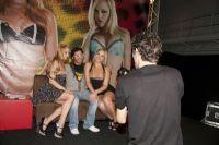 2011澳大利亚布里斯班成人展性感模特图片5