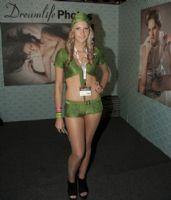 2011澳大利亚布里斯班成人展性感模特图片13