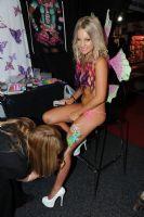 2012澳大利亚墨尔本成人展性感模特风情万种图片5