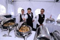 厨师们为参展嘉宾准备了丰富美味的大餐(PS:小编现在咽了一下口水)