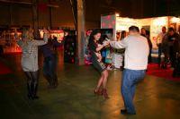 2014俄罗斯成人展嘉宾载歌载舞兴致高涨图片2