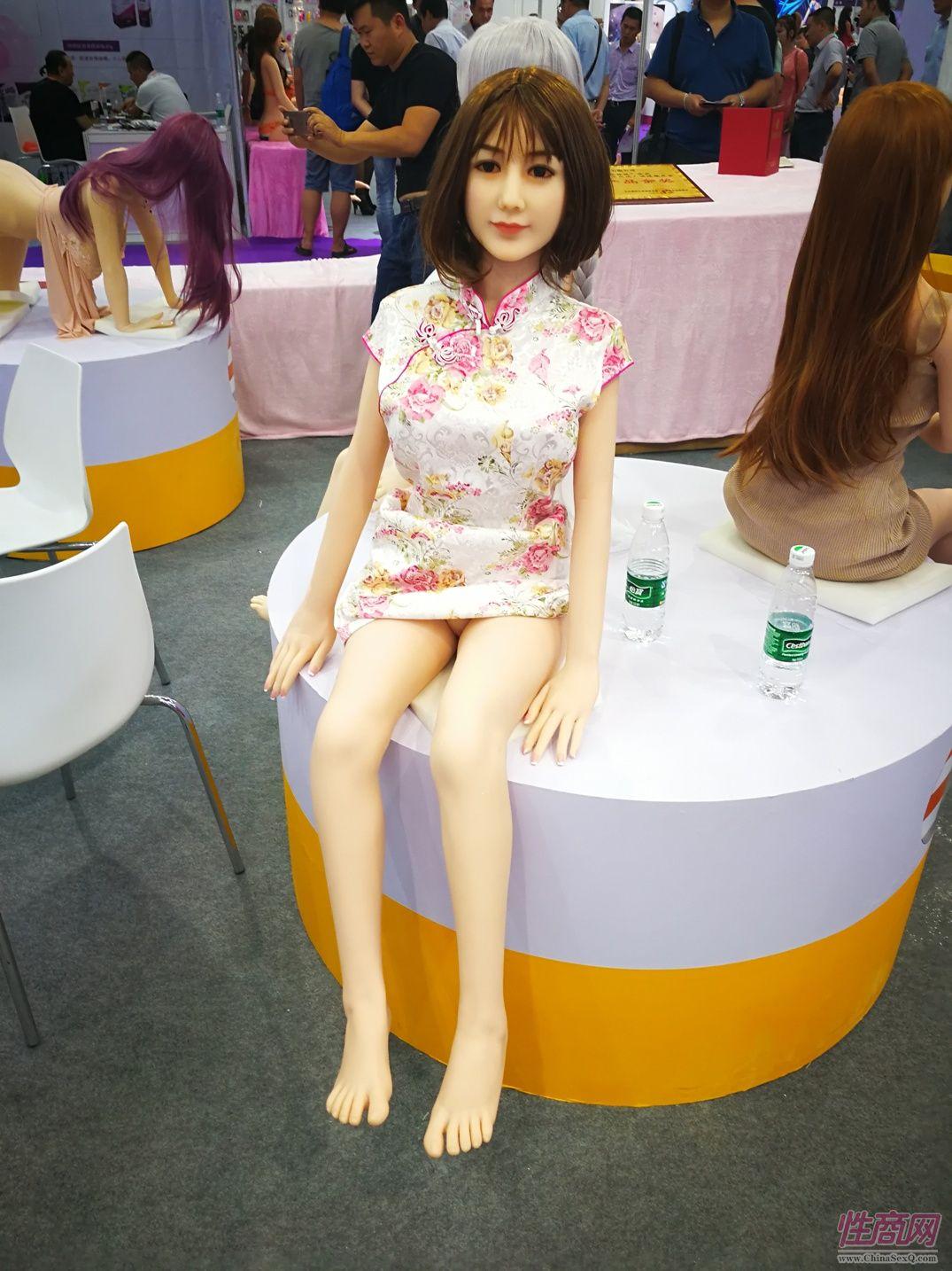 金三娃娃携众多新品参展2017北京成人展图片3
