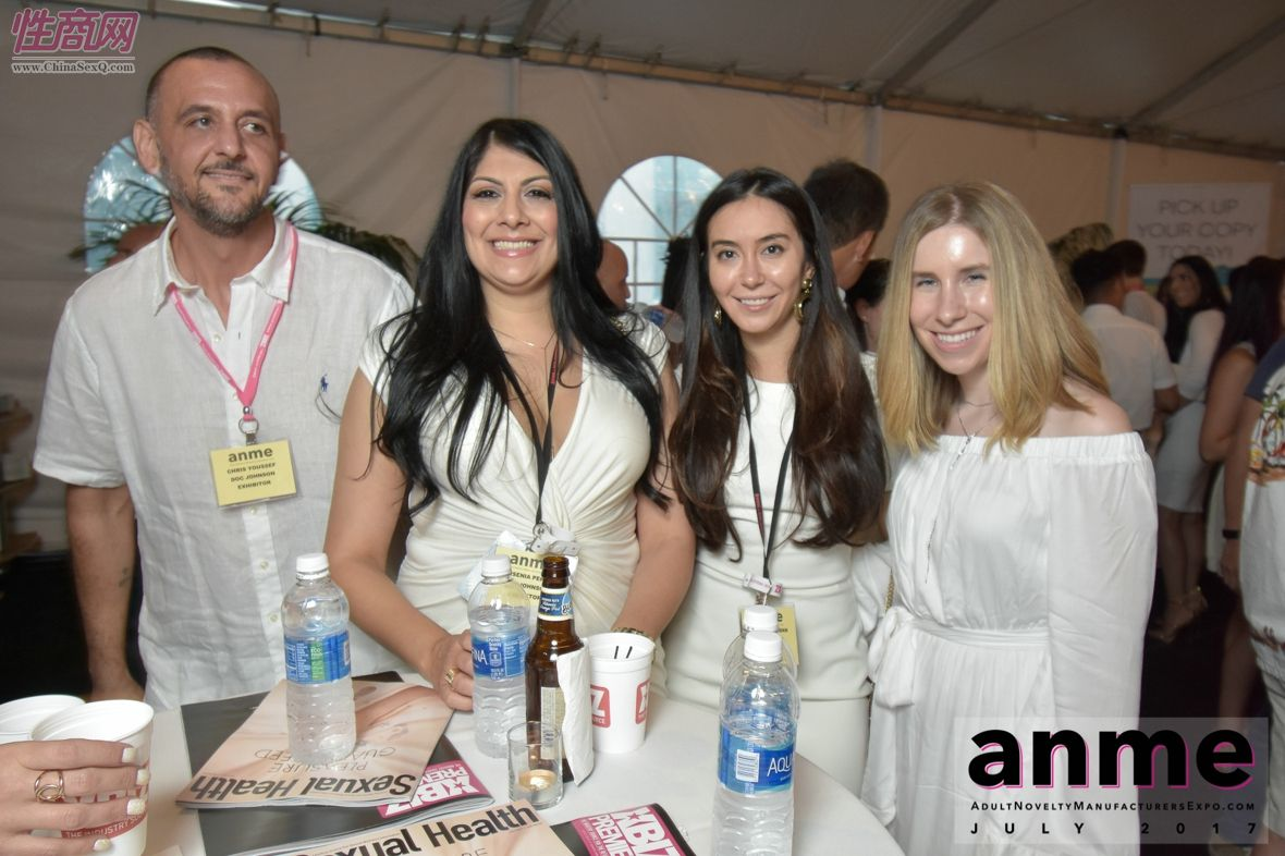 2017年夏季洛杉矶国际成人展--现场观众图片24