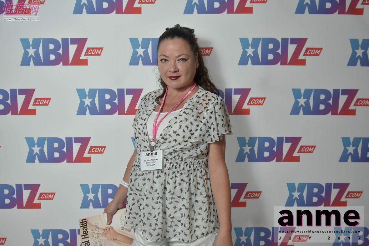 2017年夏季洛杉矶国际成人展--现场观众图片47