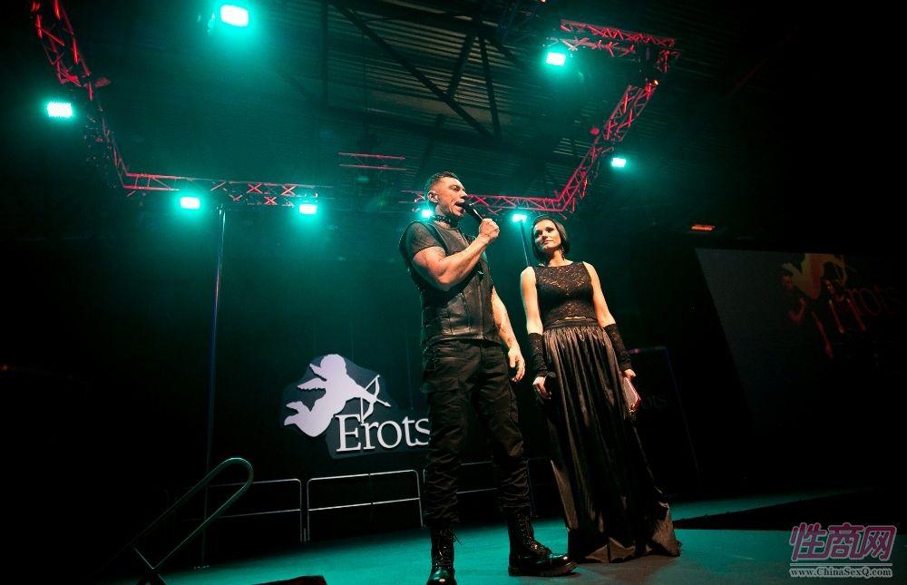 2017年拉脱维亚成人展 Erots--舞台表演2图片1