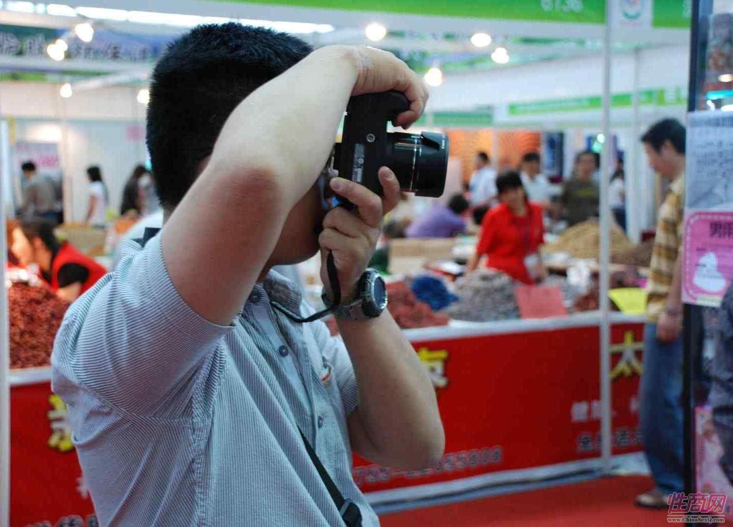 2009第三届深圳性文化节兼顾商业贸易与性健康普及图片3