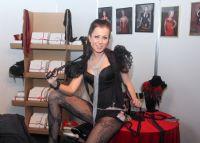 2013拉脱维亚成人展Erots商家展示性用品图片4