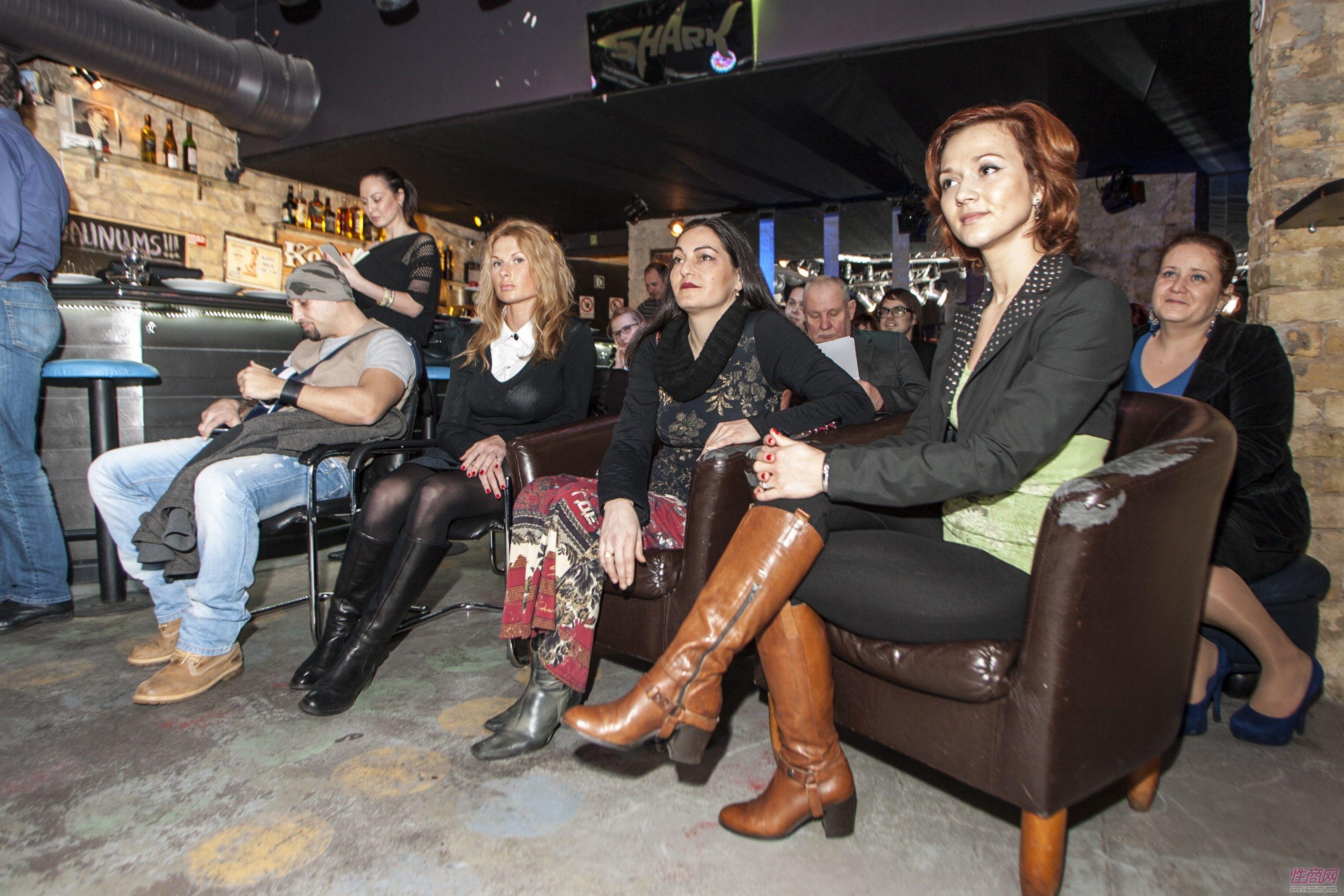 2014拉脱维亚成人展举办沙龙主讲情趣口爱图片1
