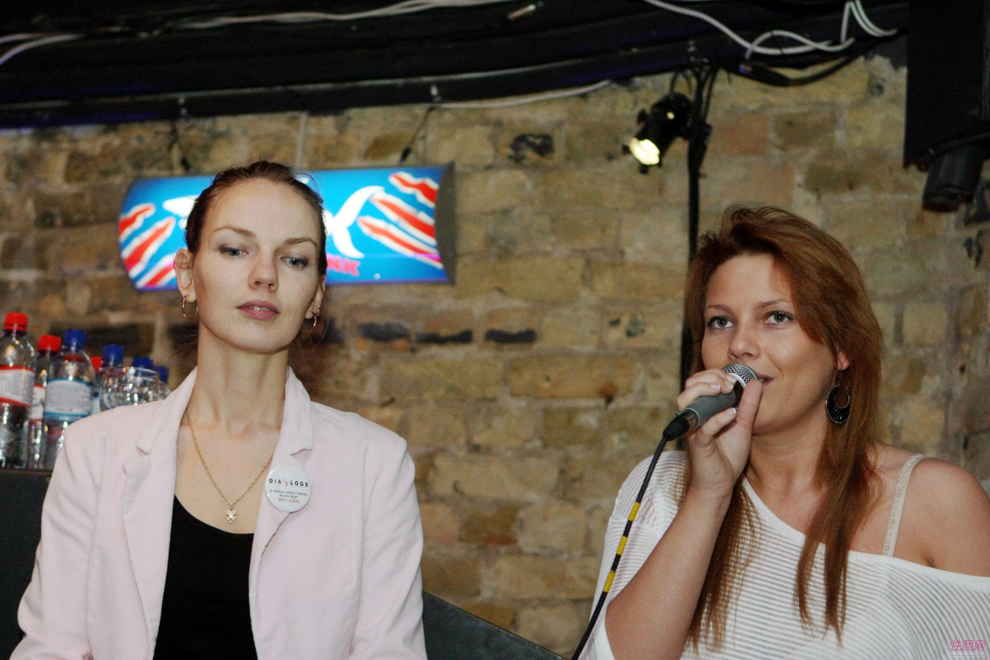 2014拉脱维亚成人展举办沙龙主讲情趣口爱图片2