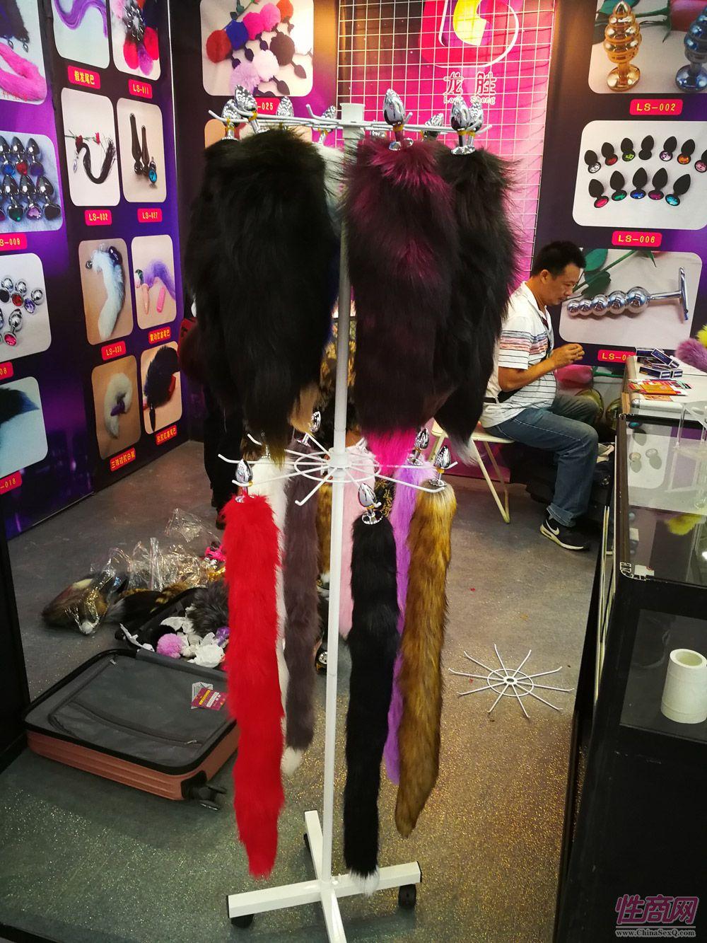 2017中国(武汉)成人展开幕式及展会现场图片22