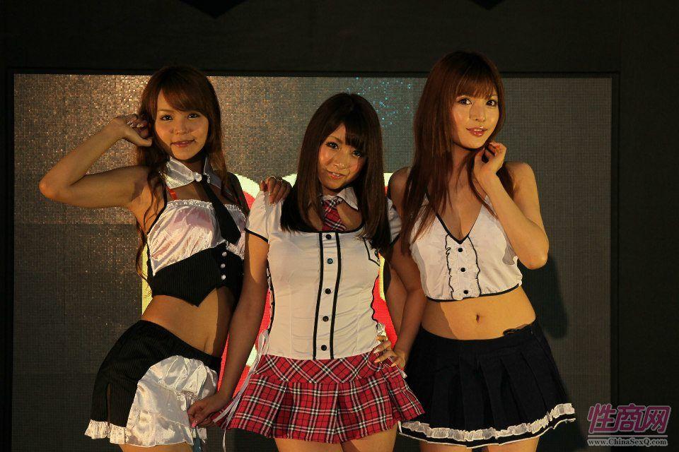 2012台湾亚洲成人博览女优助阵粉丝尖叫图片18