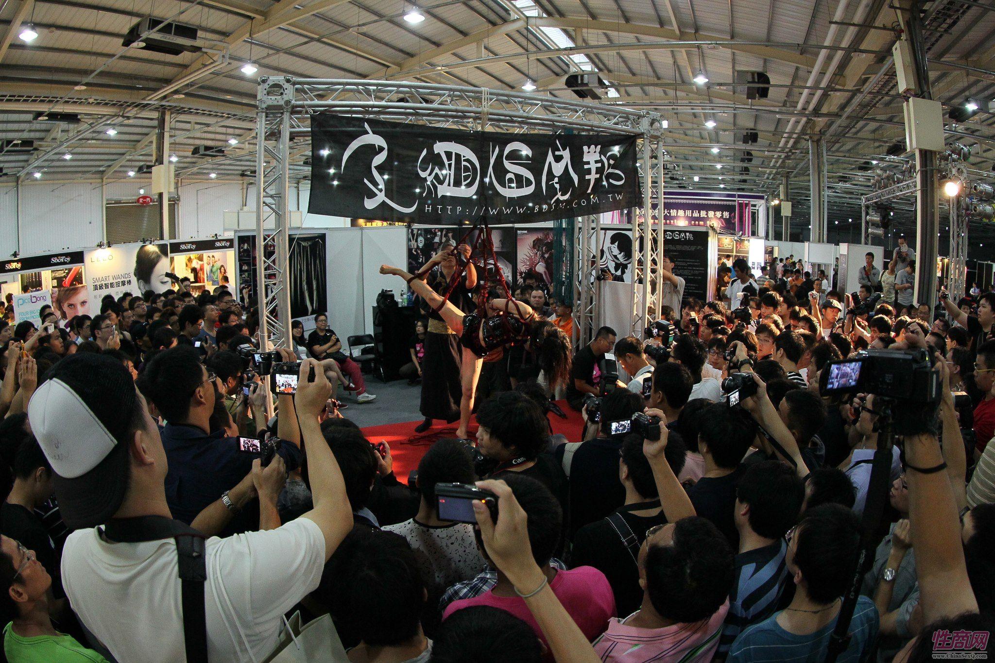 2012台湾亚洲成人博览澳洲热舞团体助阵图片17