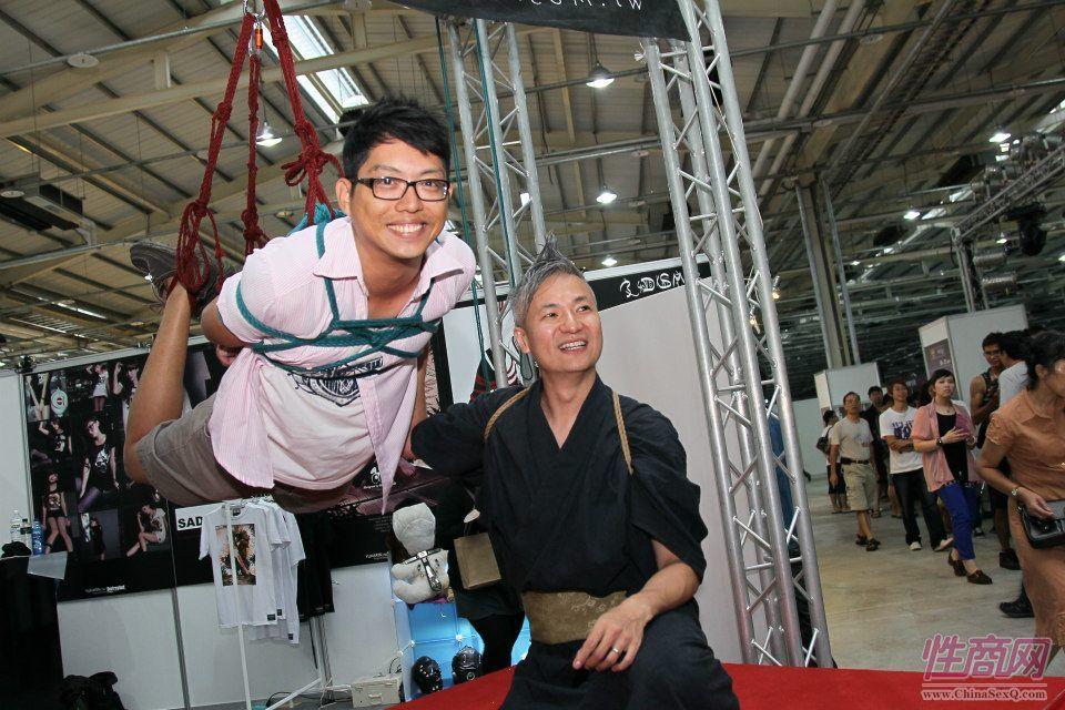 2012台湾亚洲成人博览澳洲热舞团体助阵图片26