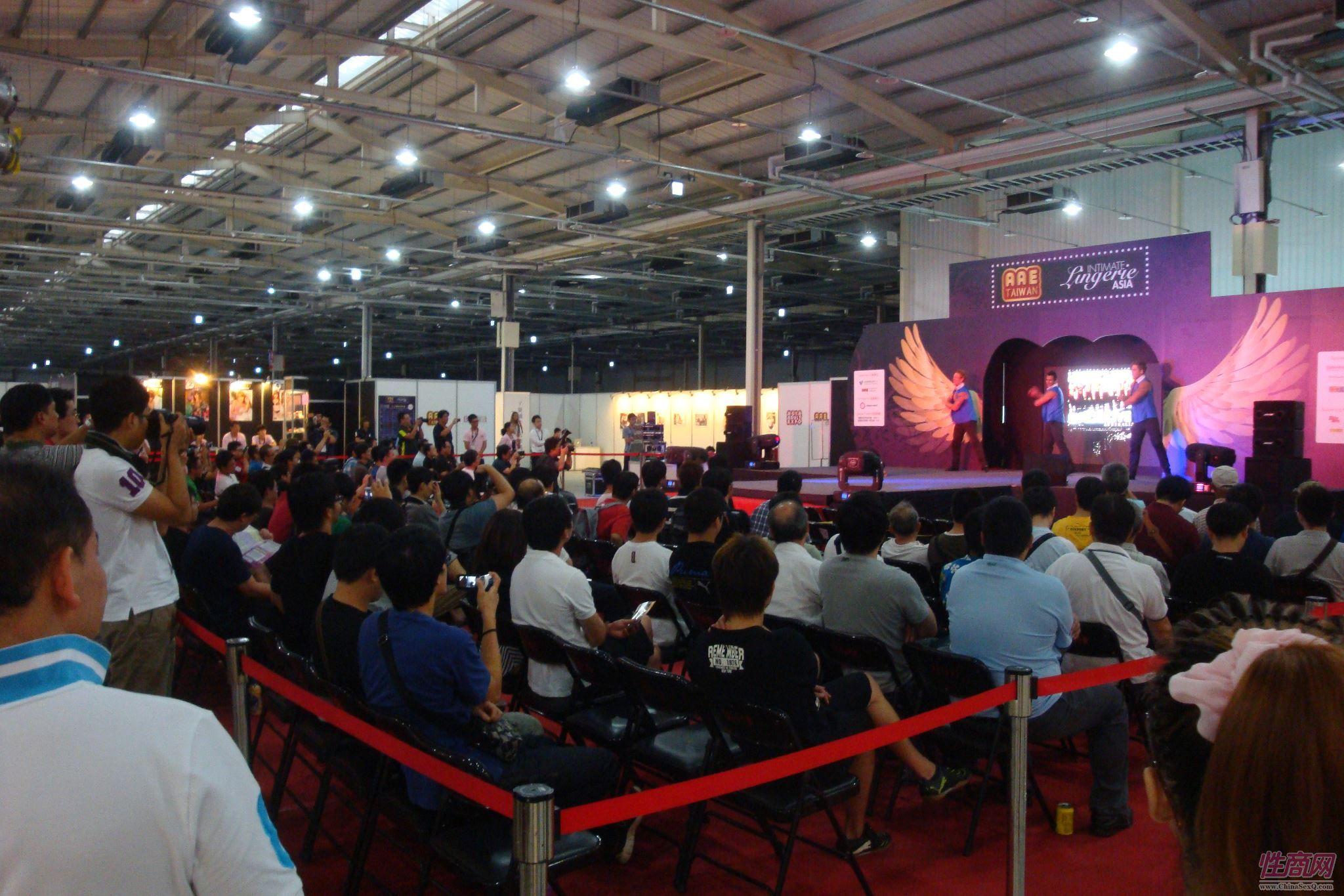 2012台湾亚洲成人博览澳洲热舞团体助阵图片49